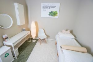 acupuncture-treatment-room-bellevue-wa.jpg